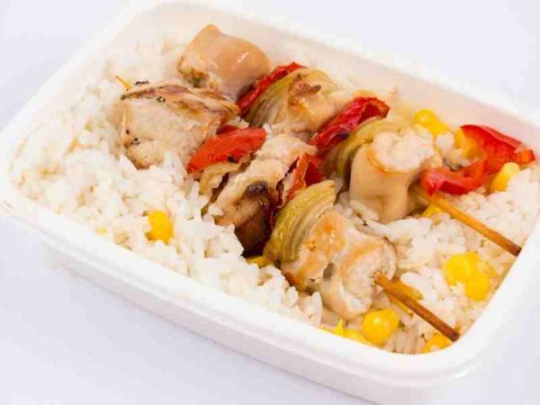 Dietetic Frigarui de pui orez cu porumb