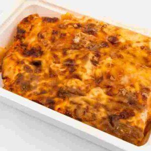 Lasagna Quattro formaggi cu piept de pui