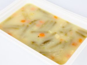 Supa de fasole verde cu kefir caucazian galuste cu marar