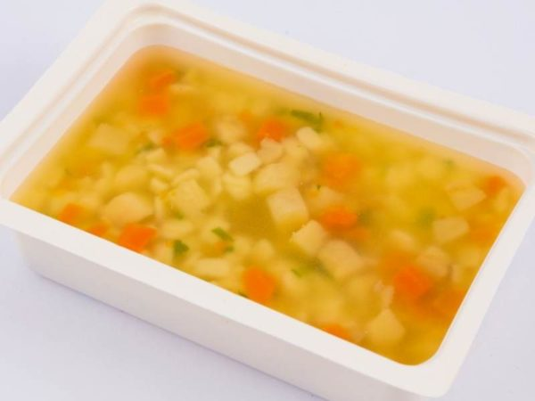 Supa de pui cu tascute M