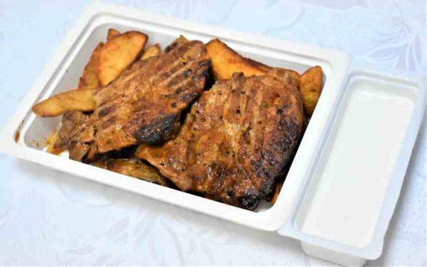 Ceafa porc marinata gratar cartofi wedges