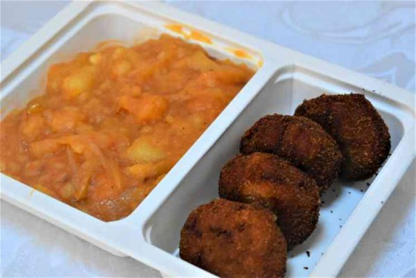 Chiftelute legume dovleac galben cartofi sfaramati ceapa