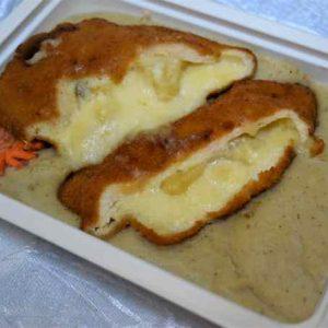 Piept pui umplut ananas mozzarella cartofi piure frantuzesc