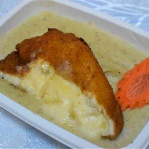 Piept pui umplut ananas mozzarella cartofi piure frantuzescM